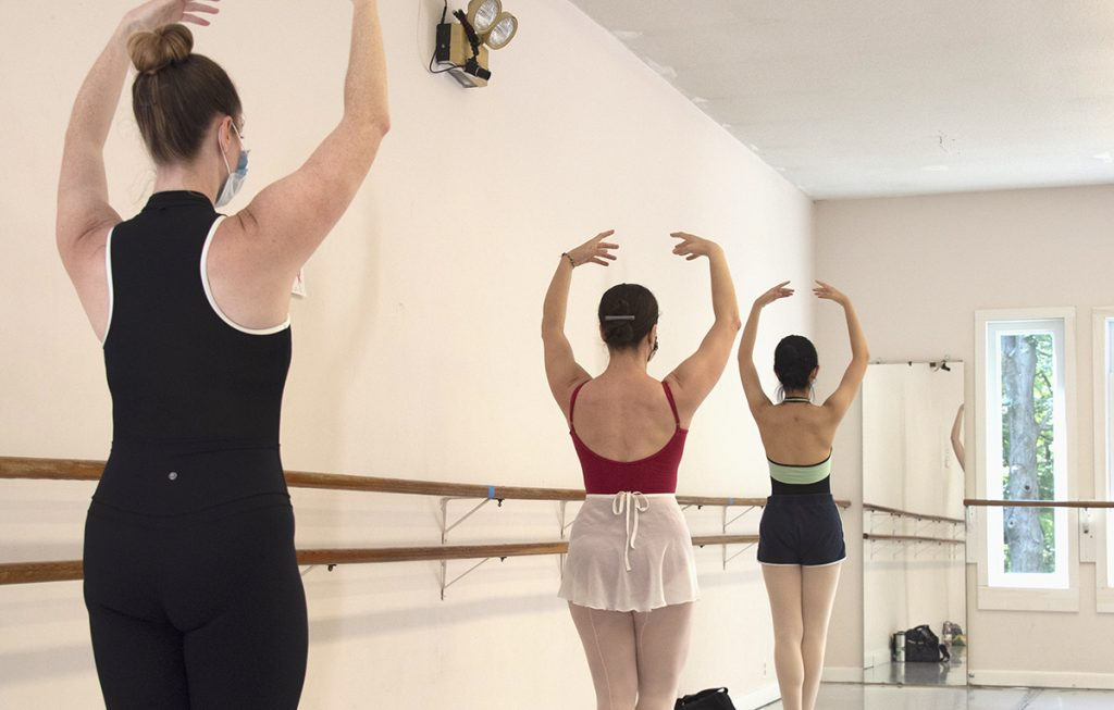 Students in Adult Ballet class